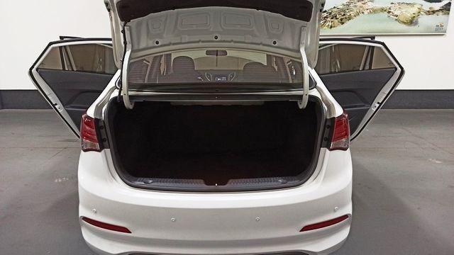 Hyundai HB20S 1.6 Comfort Plus (Aut) - Foto 13