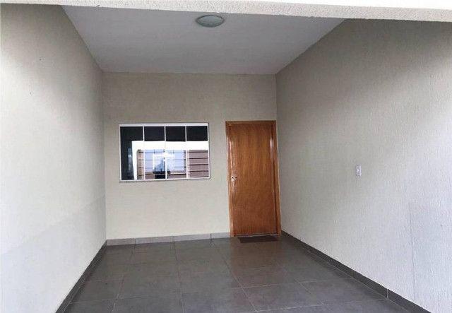 Casa com 3 Quartos à Venda - Foto 2