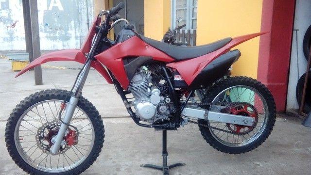 Moto veloterra / trilha CRF 200cc