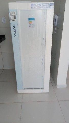 Vende uma geladeira Esmaltec  - Foto 5