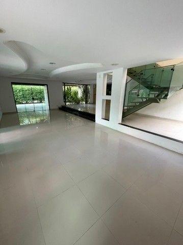 Casa com suítes, área de lazer completa, piscina privativa e 5 vagas. - Foto 9