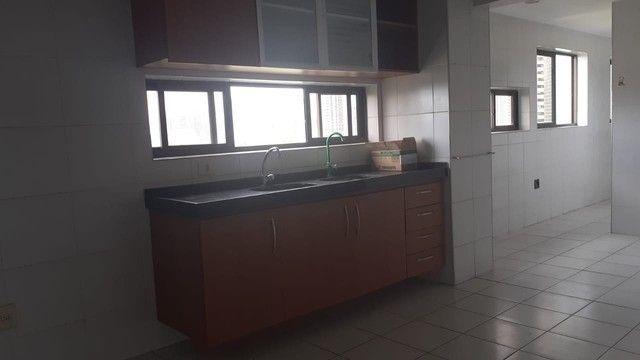 Luxuoso apartamento para venda com 200 metros quadrados com 4 quartos no Parnamirim - Foto 8