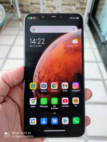 Xiaomi Mi 8 6GB de RAM E 128GB de Armazenamento