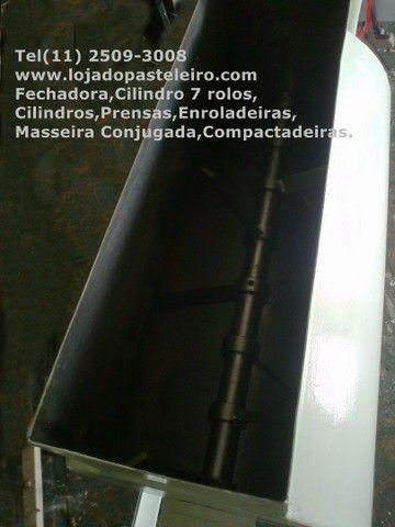.Batedeira Leão de massas 220v Preço de Fábrica * Peça Única  - Foto 4