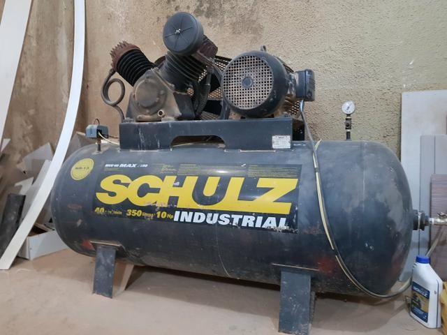 Vendo seccionadeira coladeira compressor e coletor industrias