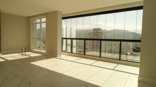 Cobertura Duplex, 5 Suítes, 4 Vagas de Garagem pronta para Morar. Em Itapema /Sc - Foto 5