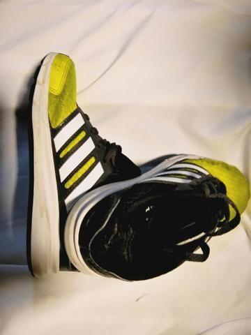 402b662f96c Tênis Adidas número 28 por 50