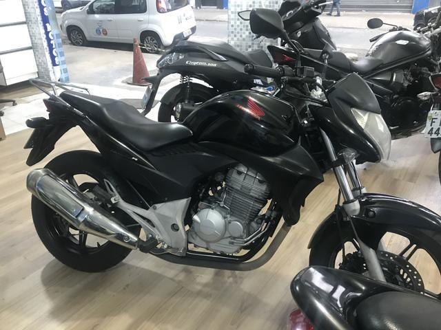 Honda cb 300 2011 aceito moto Fin 48 x aceito cartão até 12 x 1.6% ao mês - Foto 6