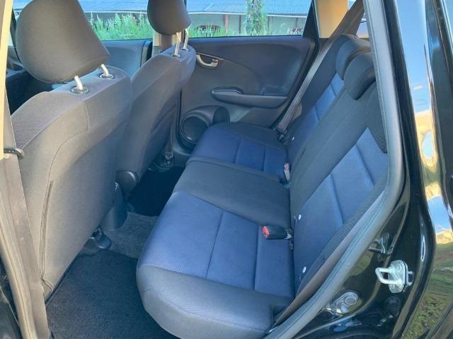 Honda Fit automático - Estado impecável - Foto 6
