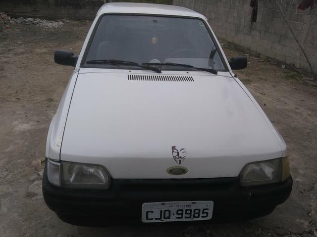 Vendo ou troco num carro mais novo gol,uno,palio.etc - Foto 5