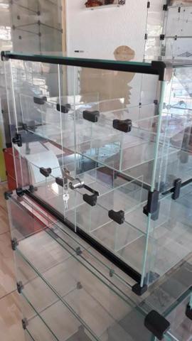 Baleiro de vidro com tranca