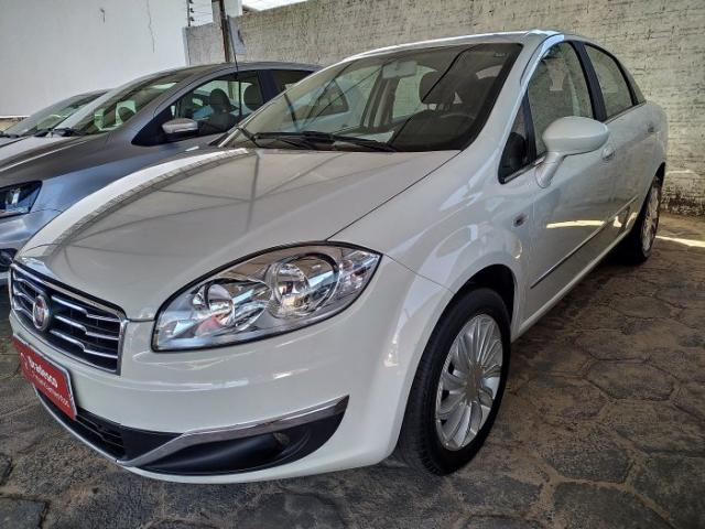 Fiat linea 2016 1.8 essence 16v flex 4p manual