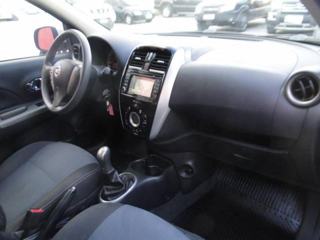 Nissan MARCH SL 1.6 8V - Foto 5