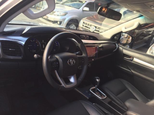 Toyota Hilux CD SRX 4x4 2.8 TDI 16V Diesel Aut. - Foto 7