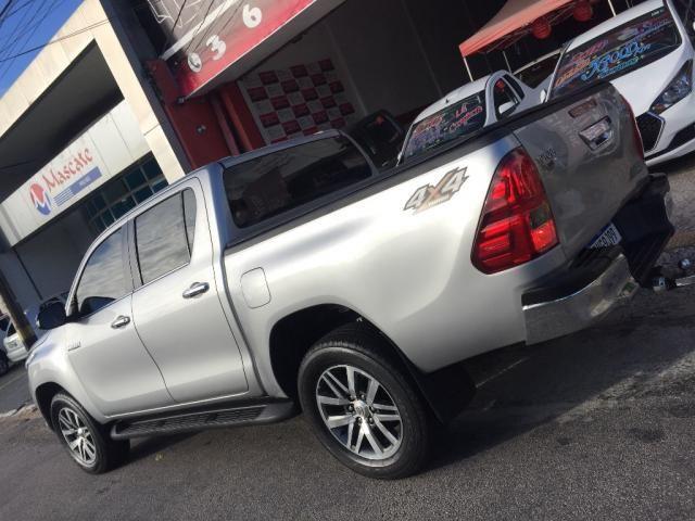 Toyota Hilux CD SRX 4x4 2.8 TDI 16V Diesel Aut. - Foto 4