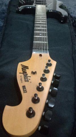 Guitarra Stratocaster Memphis Preta - Foto 3