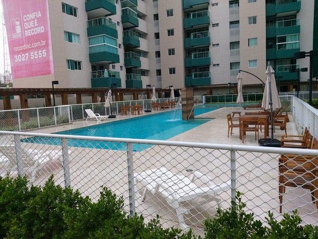 Vendo Apartamento no Edifício Varanda do Alto no Farol - Foto 2