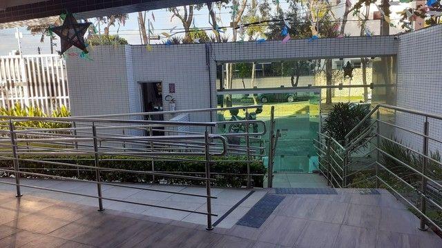 Apartamento com 3 dormitórios à venda, 65 m² por R$ 450.000,00 - Torreão - Recife/PE