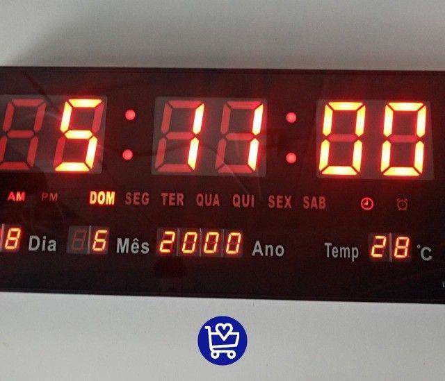 Relógio de parede digital (entrega grátis)