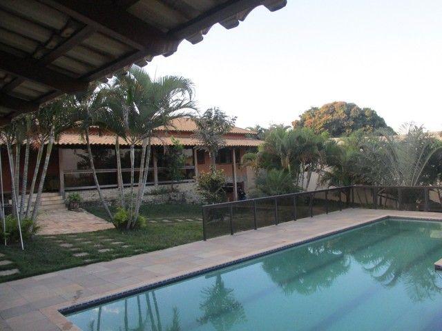 Casa à venda, 4 quartos, 2 suítes, 18 vagas, Braúnas - Belo Horizonte/MG