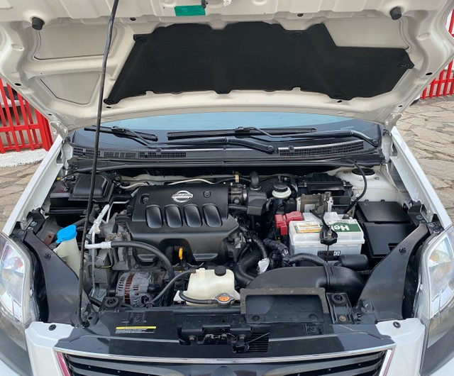 Nissan Sentra !! Segundo Dono !! - Foto 5