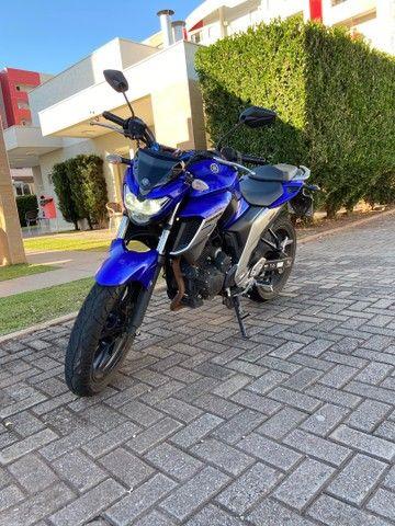 Vendo Moto Fazer 250 - 19/20 - Super conservada