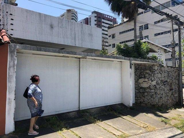 Casa de 300 metros quadrados no bairro Cocó com 3 quartos - Foto 2