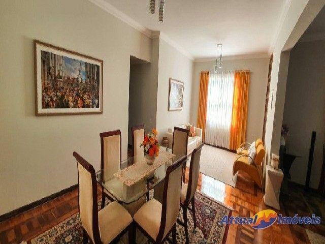 Excelente casa linear com estilo neoclássico, construída em terreno de 5.927 m² , 4 quarto - Foto 11
