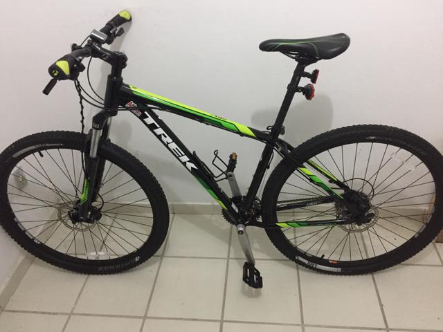 Bicicleta Montain Bike Trek Marlin 6 2015