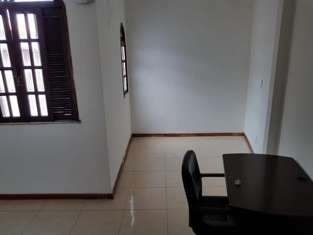Itapuã Salvador Casa de 4/4 com 2 andares, rua sem saída - Foto 2