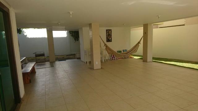 Alugo casa com piscina, excelente localização, 800 mts da praia Atalaia - Foto 5