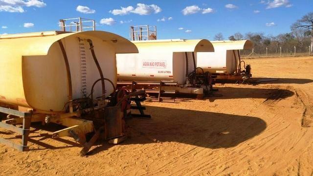 Tanque pipa, marca Impacto, capacidade 20.000 litros, com proteção de epóxi, ano 2014
