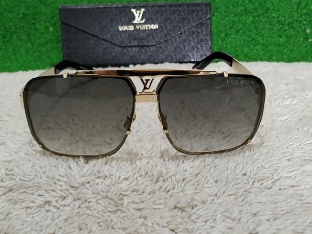 a1460fcd00e40 Óculos Louis Vuitton Masculino