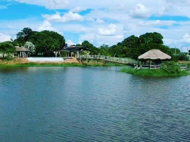 Fazenda Estilo pousada muito top em Livramento com piscina, muito pasto, represas e lago
