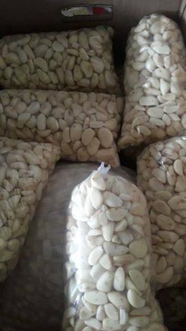 Vende-se alho e pó de café