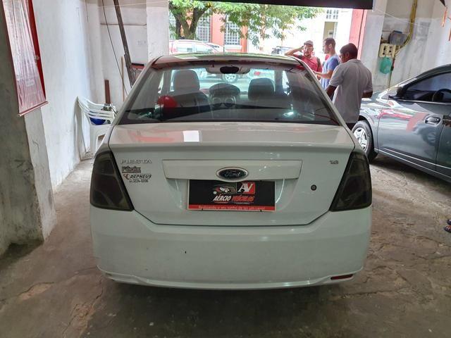 Fiesta Sedan 2013 1.6 1 mil de entrada Aércio Veículos d - Foto 4