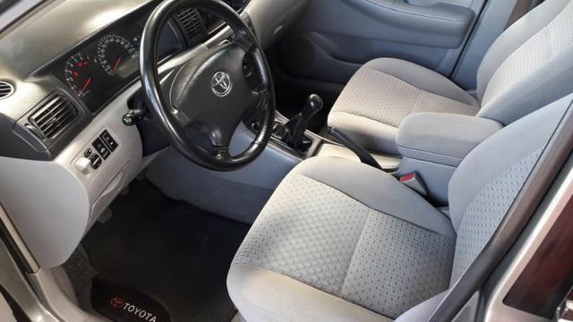 Toyota corolla xei 1.8 2º dono+revisões na concessonária+manual e chave reserva - Foto 6
