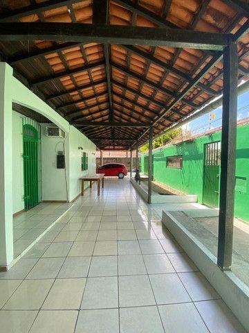 Casa no Julio Sefer, 3/4 sendo 01 suíte, muito ventilada, garagens - Foto 3