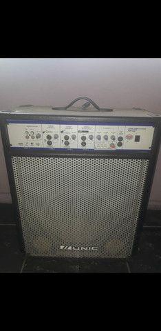 Caixa amplificadora de som Unic PM 4000