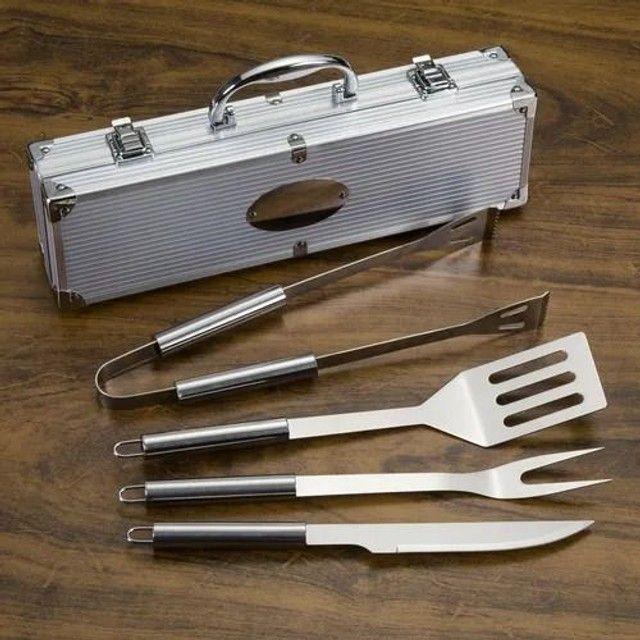 Kit churrasco com 4 peças em aço inox + maleta de alumínio - Foto 4
