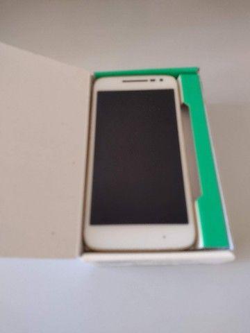 Moto G4 Play Ed. Especial DTV-Branco e Dourado 16GB
