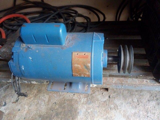 Motor elétrico de 3cv  alta 3450 rpm  monofásico - Foto 3