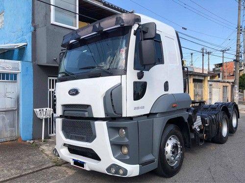 Caminhão Ford Cargo 2842 2013