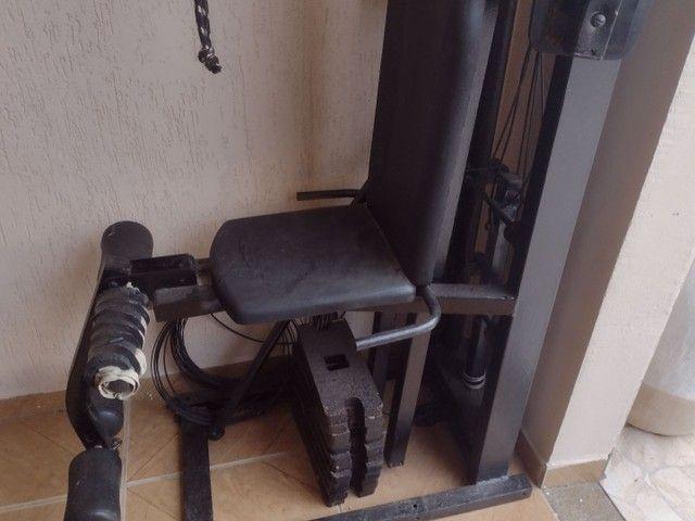 Máquina de musculação  - Foto 2