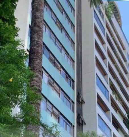 Apartamento para venda possui 200 metros quadrados com 4 quartos em Parnamirim - Recife -