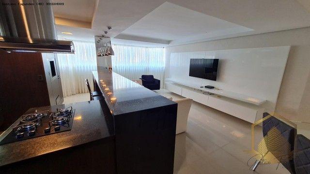 Apartamento para Venda, Estreito, 3 dormitórios, 3 suítes, 4 banheiros, 2 vagas - Foto 9