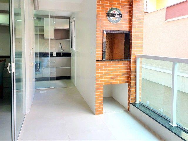 Apartamento de 2 dormitórios com uma suíte, 1 vaga coberta no Vila Fanny. Espaçosa sacada  - Foto 12