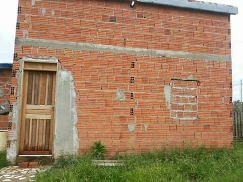 Vendo casa 17mil no antigo polo