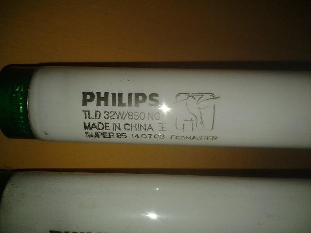 Duas Luminárias Ecomaster Philips Dupla Florescentes + 4 Lampadas Grátis