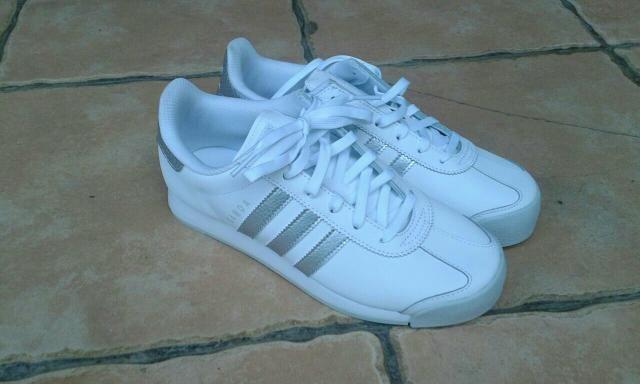 08e69c76c2d Ténis novo da Adidas n. 37